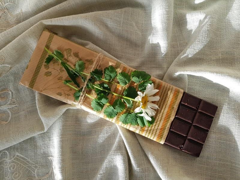 Chocolat en tablette; tablette de chocolat au sirop d'agave blog de recettes sans gluten sans lactose sans sucre de canne idée de cadeaux de noël